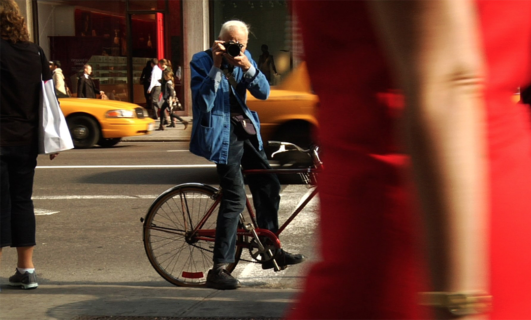 Bill Cunningham, Legendary Times Fashion Photographer Dies.